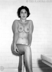 Unknown 1950's Woman-06 (1280)